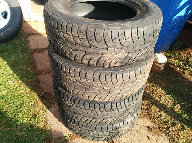 Winter tires Hankook 275/65R18