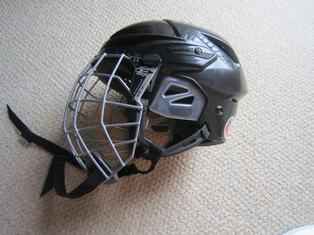 Helmet & Cage- Easton S7- Adult medium -Like New -$20..