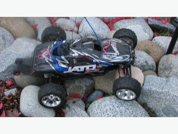 brand new traxxas jato RC