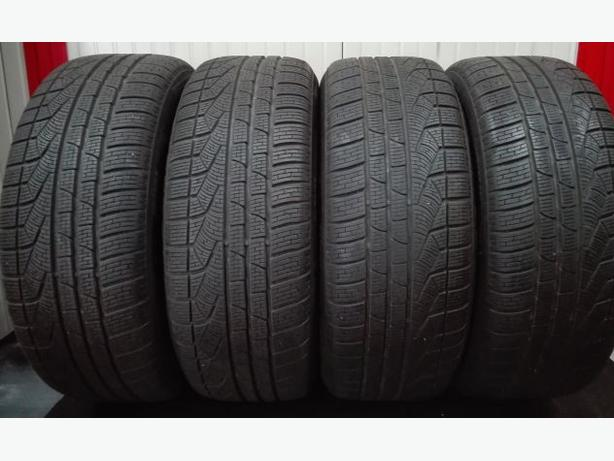 Used Pirelli Sottozero 2 // 245/50 r18 Winter Tires