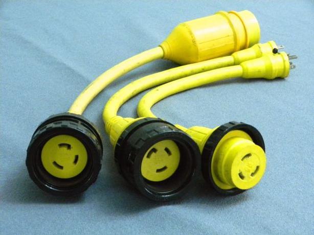 El. cord adptors
