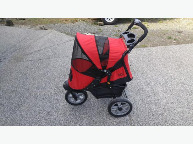 Pet Gear AT3 Generation 2 All Terrain Pet Stroller for pets up to 60-Pounds