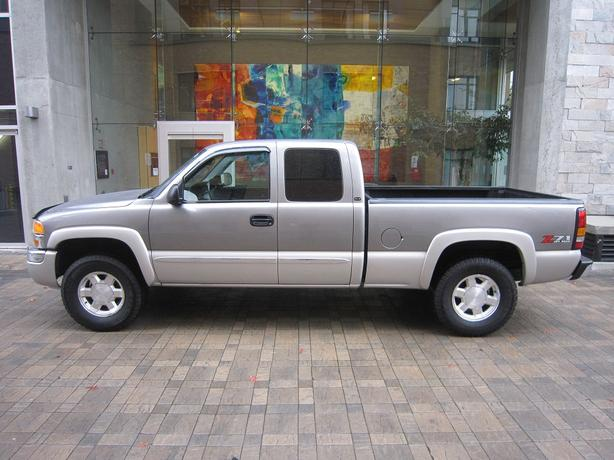 2007 GMC Sierra 1500 SLE Extended Cab 4WD