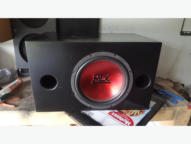 "12"" mtx sub in a dual chamber reflex ported box"
