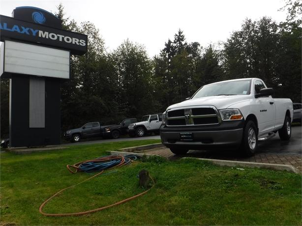 2011 Ram 1500 ST Regular Cab 4.7L V8 Long Box - 4WD