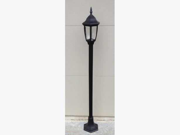Outdoor Lamp Post Uberhaus model 03005001