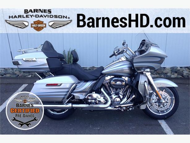 2016 Harley-Davidson® FLTRUSE - CVO™ Road Glide Ultra®