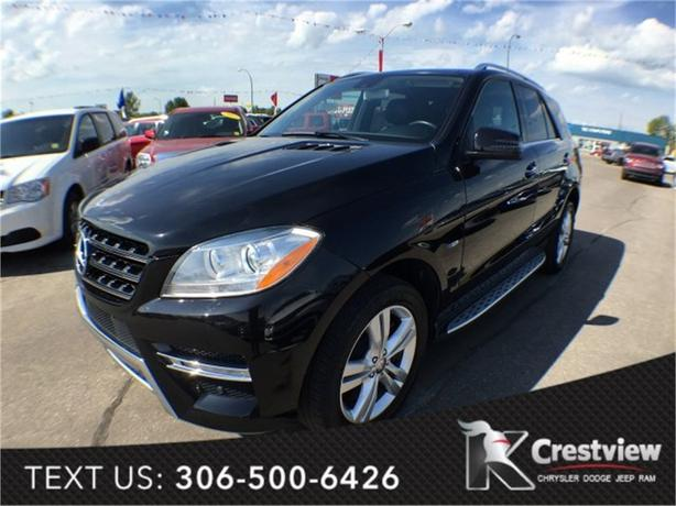 2012 Mercedes-Benz M-Class 4MATIC ML350 w/ Leather, Sunroof, Navigation