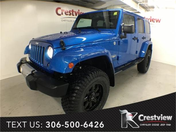 2015 Jeep Wrangler Unlimited Sahara w/ Navigation