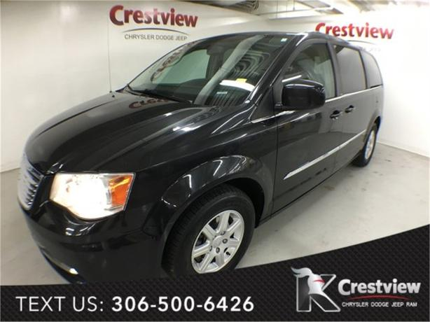2012 Chrysler Town & Country Touring | Sunroof | Navigation | DVD