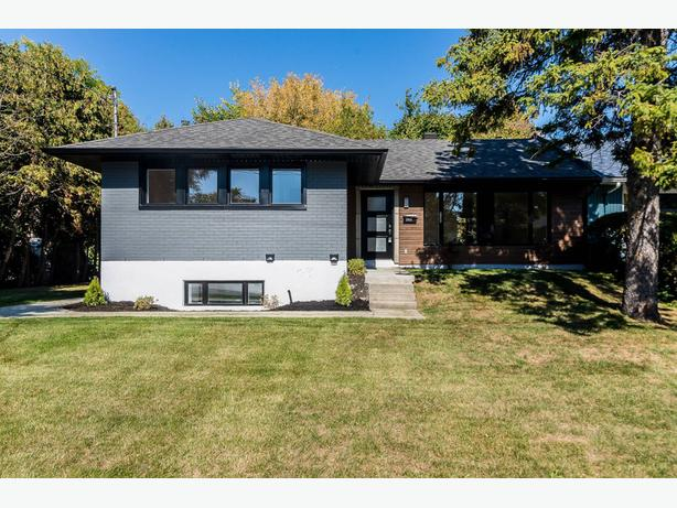 Magnificent, fully renovated property