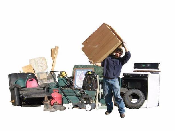 Cheap junk removal. Garbage, yardwaste etc. Free quotes