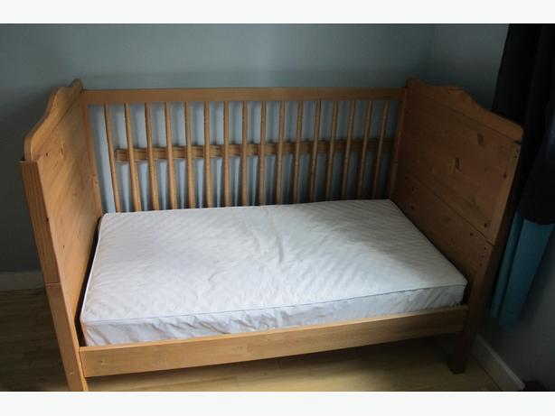 Ikea crib matress included