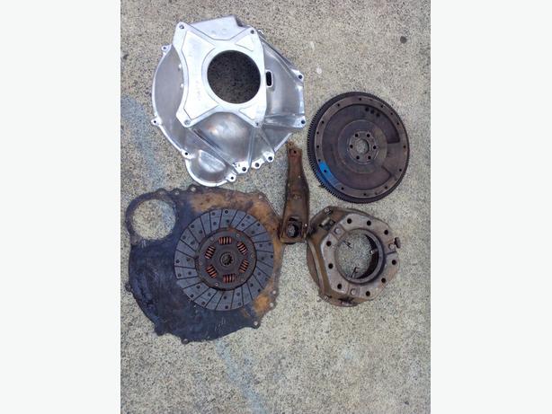 1965 289 4 speed  mustang bellhousing flywheel clutch