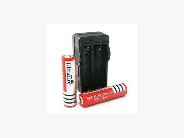 2Pcs 18650 3000mAh 3.7V Rechargeable Battery with Wall Charger
