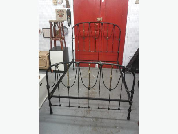 Vintage Metal Double Bed Frame