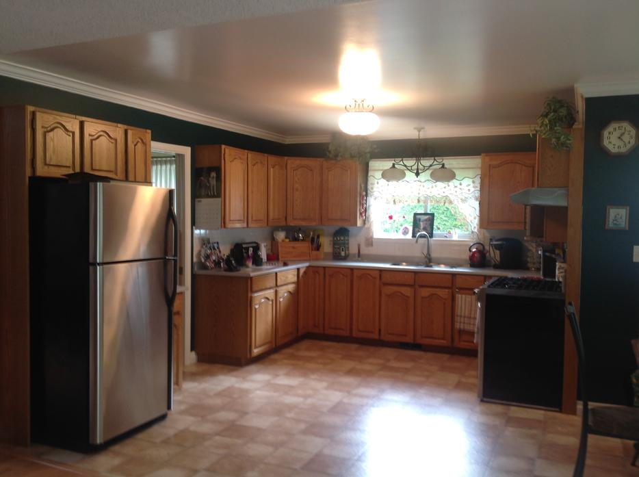 Kitchen reface custom cabinets outside victoria victoria for Kitchen cabinets york region