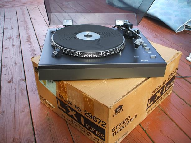 Turntable LXI