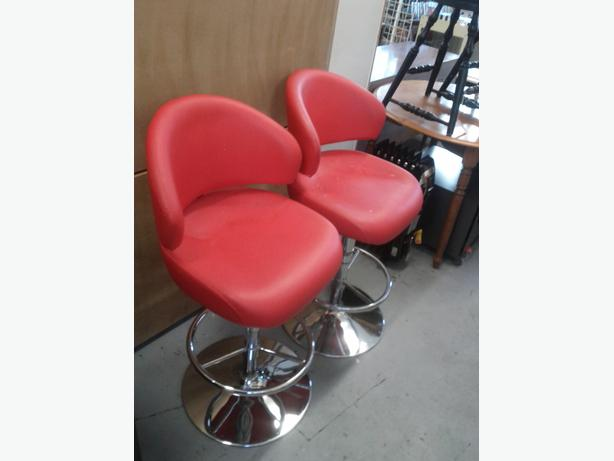 Pair of Adjustable Stools