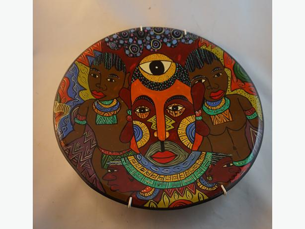 4U2C AFRICAN CARVED COLORFUL STONE PAINTED PLATE SIGNED WALL