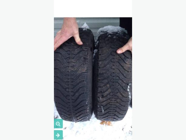 215/70R15 Goodyear Nordic winter tires and rims.
