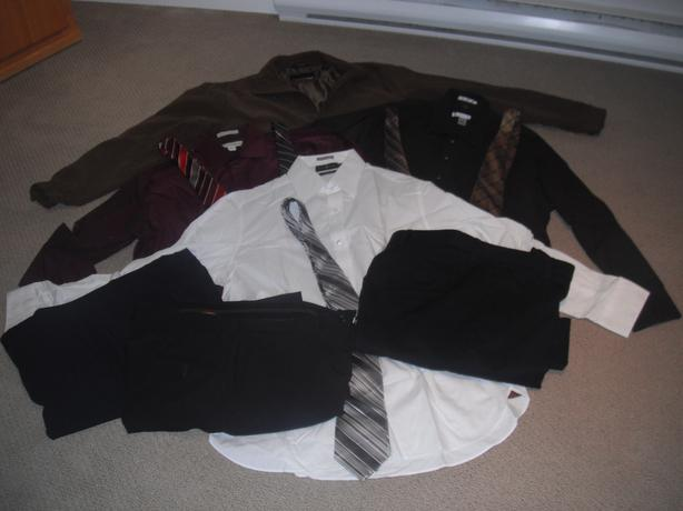 12 Pieces of Men's nearly new clothing (Casual and Dress Wear)