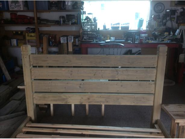 All reclaimed wood queen bedframe and slats and centre support