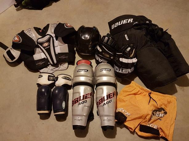 Large youth/small adult hockey gear