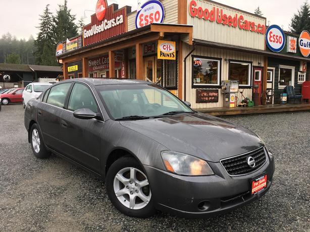 2006 Nissan Altima - Fully Loaded! Nice Michelin Tires!