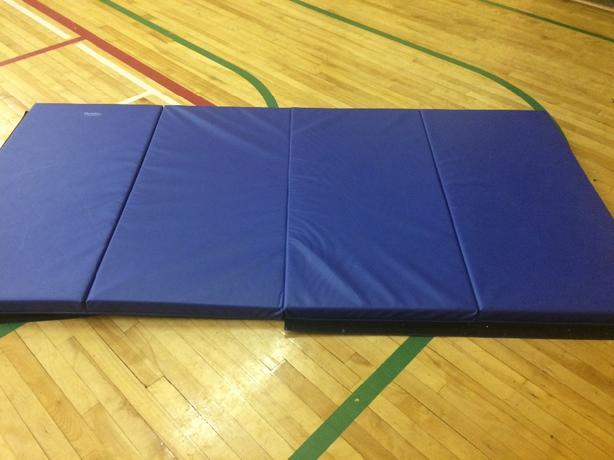 Floor Mats - four fold (12)