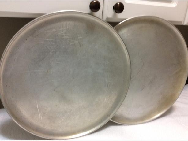Two pizza pans