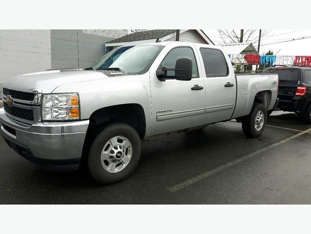 USED 2011 CHEVROLET SILVERADO 2500 CREW CAB 4x4 FOR SALE IN PARKSVILLE