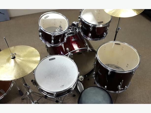 Tornado by Mapex 5 Piece Drum Kit