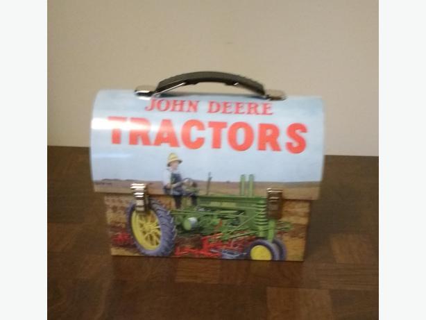 JOHN DEERE TRACTORS COLLECTORS LUNCH BOX