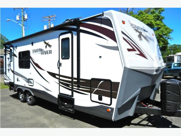 2017 Snow River 246 RKS Deal of the week !! $2000 of MSRP!