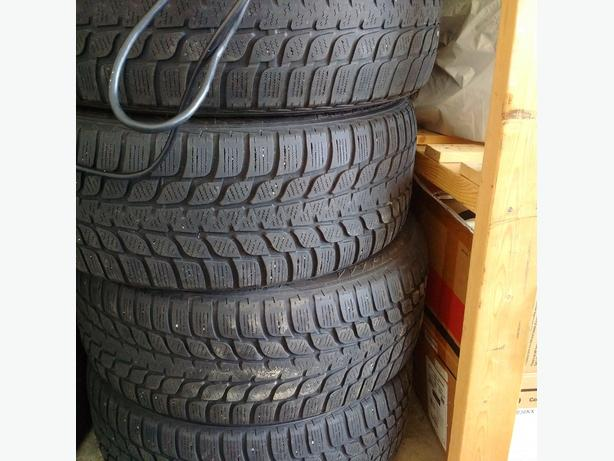 Blizzak winter tires 225/45/17(( SOLD) ) !!