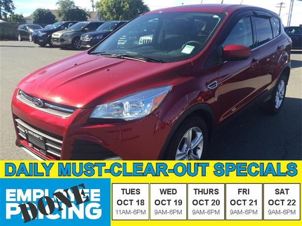 2015 Ford Escape SE - Beautiful Ruby Red!