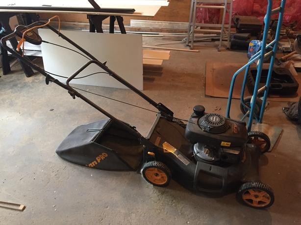 Poulin Pro Self Propelled lawnmower (w/ Honda Engine)