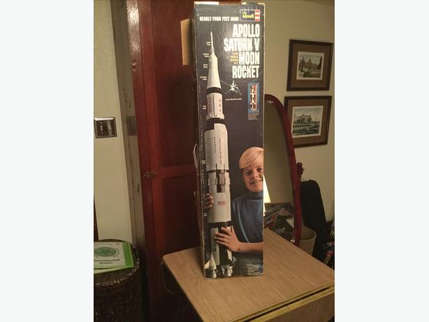 Revell Apollo Saturn V moon rocket model kit