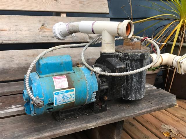Older Hot Tub And Heater Two Speed Pump Motor Filter
