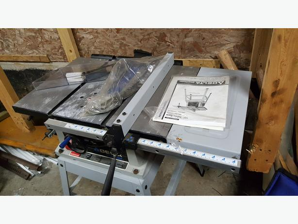 "Delta TS220LS 10"" table saw"