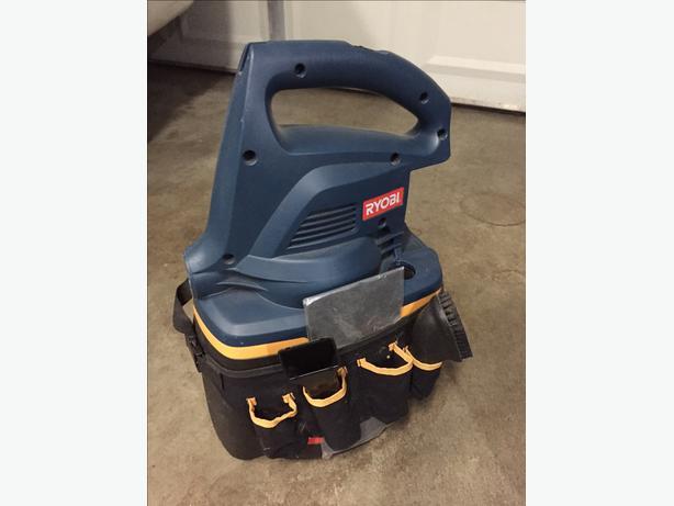 Ryobi P3200 Wet/Dry Vacuum