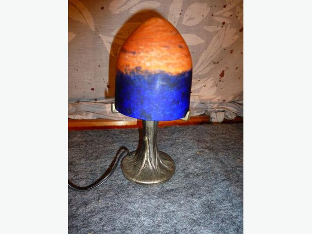 Vintage bronze style orange blue glass lamp shade Table/desk lamp