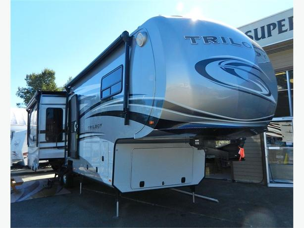 2013 Dynamax Trilogy 3650RE - Luxury Residential Fifth Wheel... -