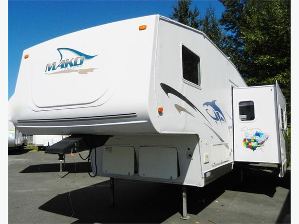 2003 Gulf Stream Mako 27FRBW - Handy Man Special! Gas Cert & Detail Only!