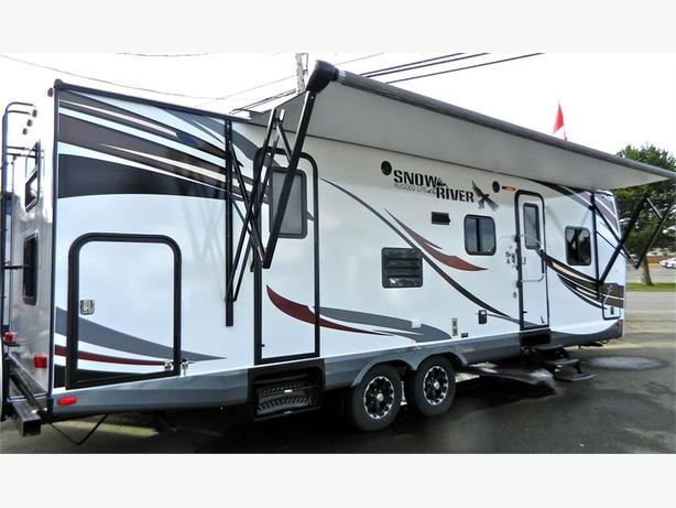 2016 Snow River 288 BHS - The ultimate camper with bunks and room for the