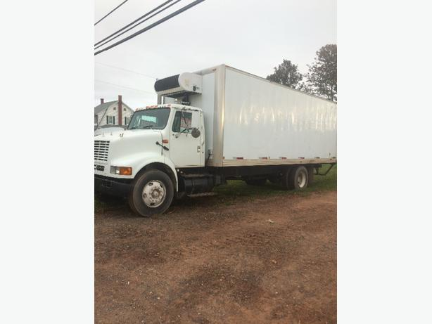 24 ft insulated box truck