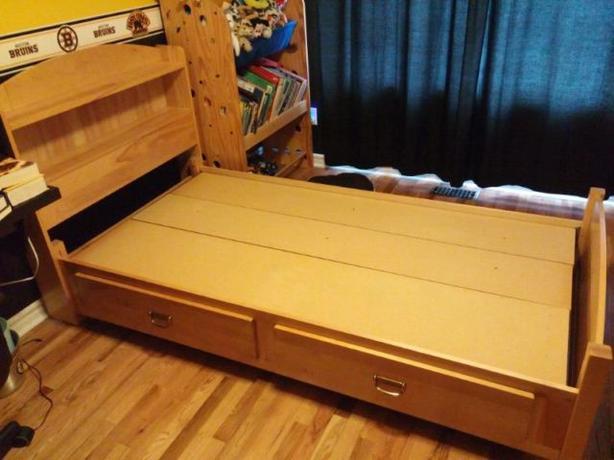 Captain's Bedroom set *Solid Wood*