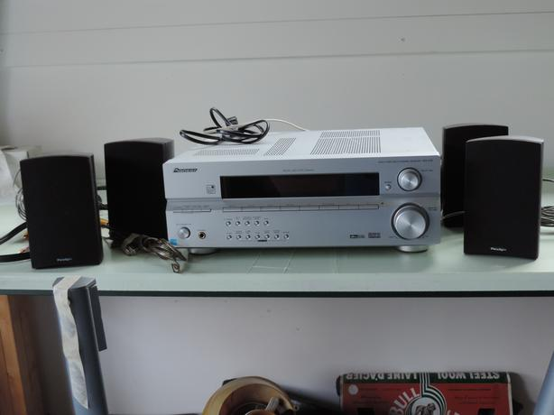 Pioneer receiver, speakers and stands
