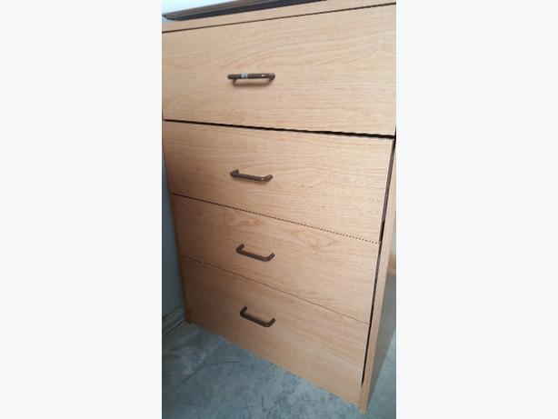 Sauder 4 drawer dresser